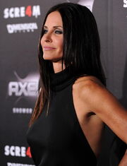 Courteney Cox na premierze filmu scream 4 14