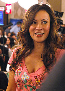 220px-Jennifer Tilly1