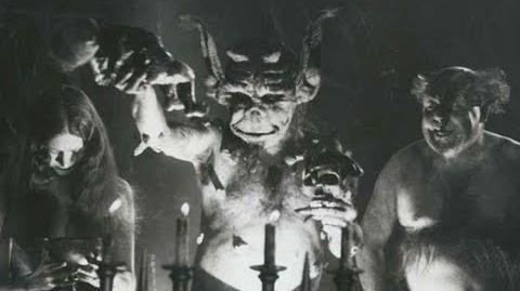 10 Creepy Vintage Films (scary footage)