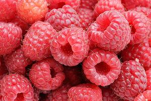 800px-Raspberries05