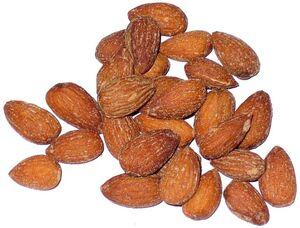 789px-Smoked almonds