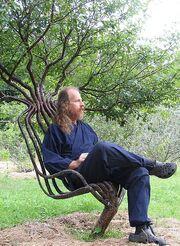 439px-Pete in garden chair 01