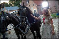 Set Julia and the horses