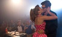 Anna küsst Tom beim Casting
