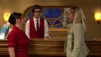 Ruth spricht mit Frau von Lippstein