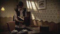 Tom durchsucht das Zimmer von Magellan