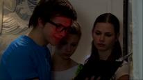 Tom, Liv und Anna sind entäuscht vom Anblick der Backsteine