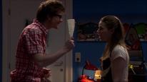 Tom zeigt Anna den Grundriss
