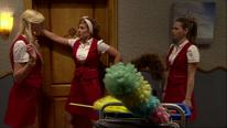 Liv stoppt Victoria in Zimmer 12 zu gehen