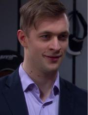 Harald smiler