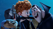 Hotel-Transylvania-2-Promo The Walk 2