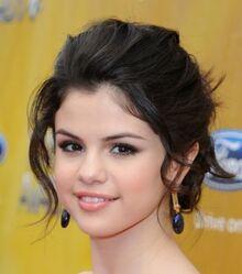 Selena-3
