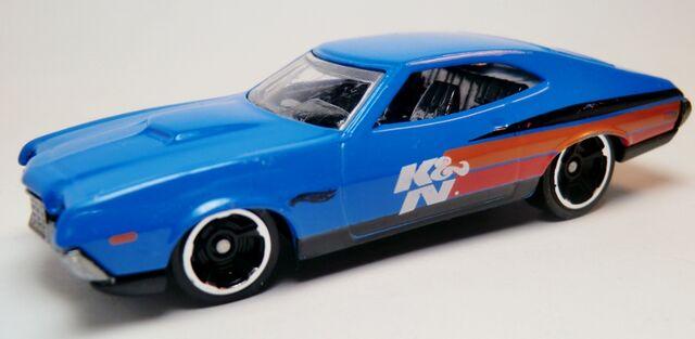 File:'72 Ford Gran Torino Sport-2013 242 Performance.jpg