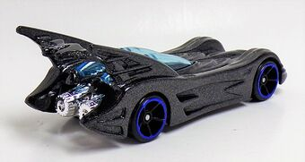 Batmobile (Action Figure, 2017. FKF38)2of6 (2)
