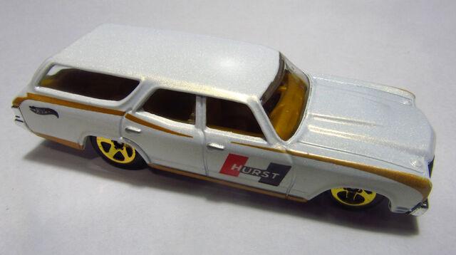 File:2014 BFF21 70 Chevelle SS Wagon.jpg