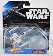 Resistance X-Wing (DXX47) 01