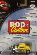 100% Preferred 2003 Rod & Custom Magazine 1-4 '32 Ford -Mooneyes- Yellow