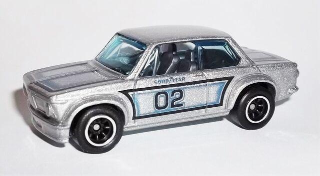 File:HW-2015-Heritage Series RR -11-BMW 2002.jpg