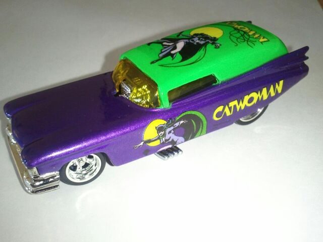 File:Catwoman 59 Caddy.jpg