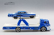 FYT15 - Car Culture Team Transport Ford C-800 and Custom 64 Galaxie 500-1