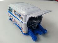 Volkswagen Kool Kombi rear