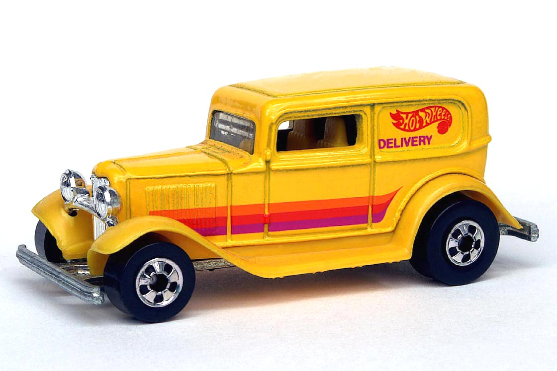 HOT WHEELS White  /'32 Ford Delivery  TOYS R US Geoffrey