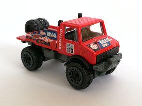 Unimog 1300 19 Red