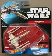 X-wing Fighter Red 5 (CGW67) 01