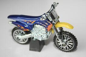 2008-052 HW450F