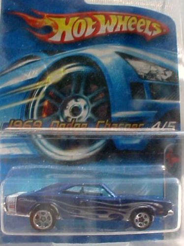69 Charger R T: 69 Dodge Charger 104 Muscle Mania Dark Blue