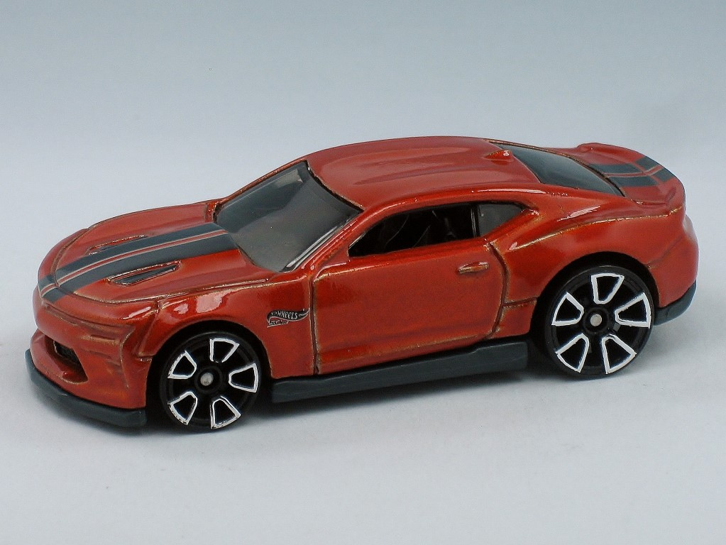 39 18 camaro ss hot wheels wiki fandom powered by wikia. Black Bedroom Furniture Sets. Home Design Ideas