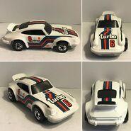 Porsche P-911 (Martini racing) Metal base, and BW