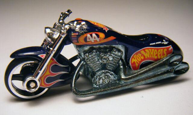 File:Scorchin Scooter - 00 HW Racing.jpg