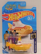 HW THE BEATLES YELLOW SUBMARINE 1 FJW38