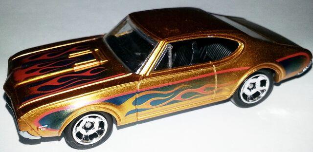 File:Cool Classics--10-'68 Olds 442.jpg