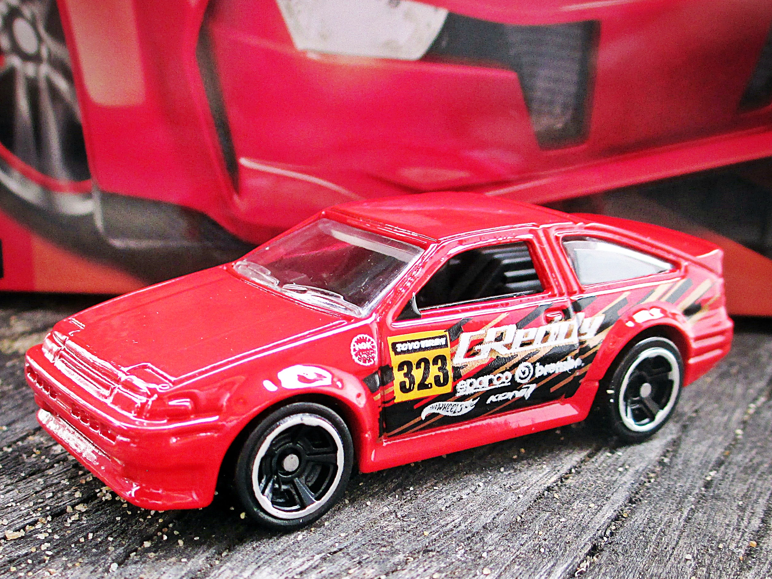 Toyota Ae 86 Corolla Hot Wheels Wiki Fandom Powered By Wikia Hotwheels Red Base Codes G42 G44