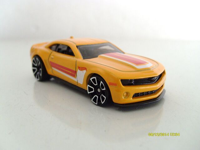 Image - Camaro 2013 special edition yellow.JPG | Hot Wheels Wiki ...