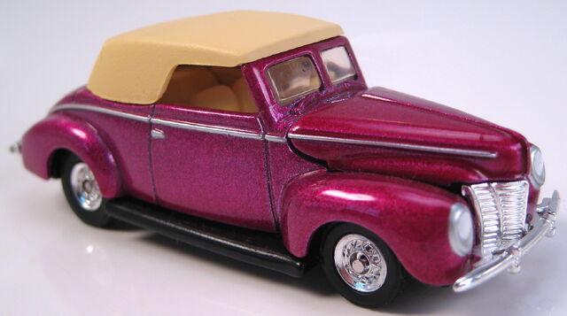 File:40 ford convertible magenta metallic hot rod mag preferred 2002.JPG