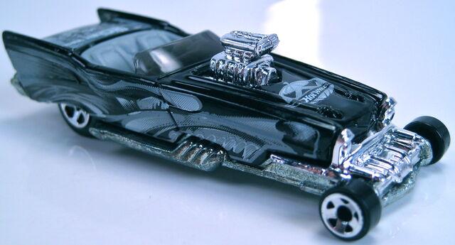 File:'57 Roadster Halloween Hiway 2-pack 2002.JPG