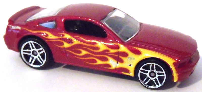 Hot wheels 05 ford mustang gt