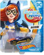 DXN50 Batgirl package front