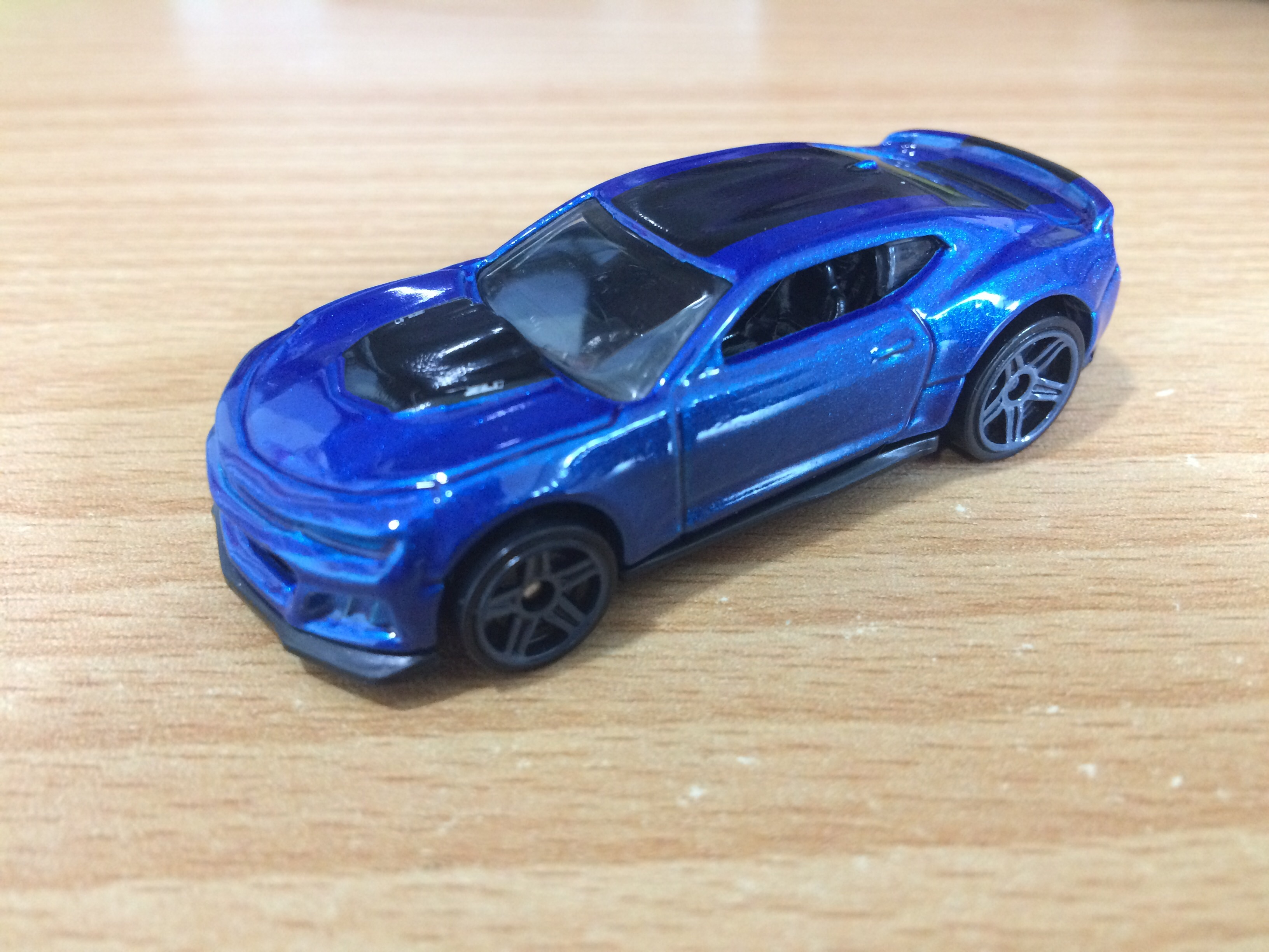 Hot Wheels 2017 Camaro zl1 Camaro fifty 1//5 dtw80