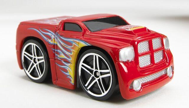 File:Dodge Ram Pickup (Blings) PR5 Mattel.jpg