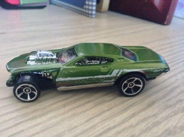 File:Green speeder.jpg