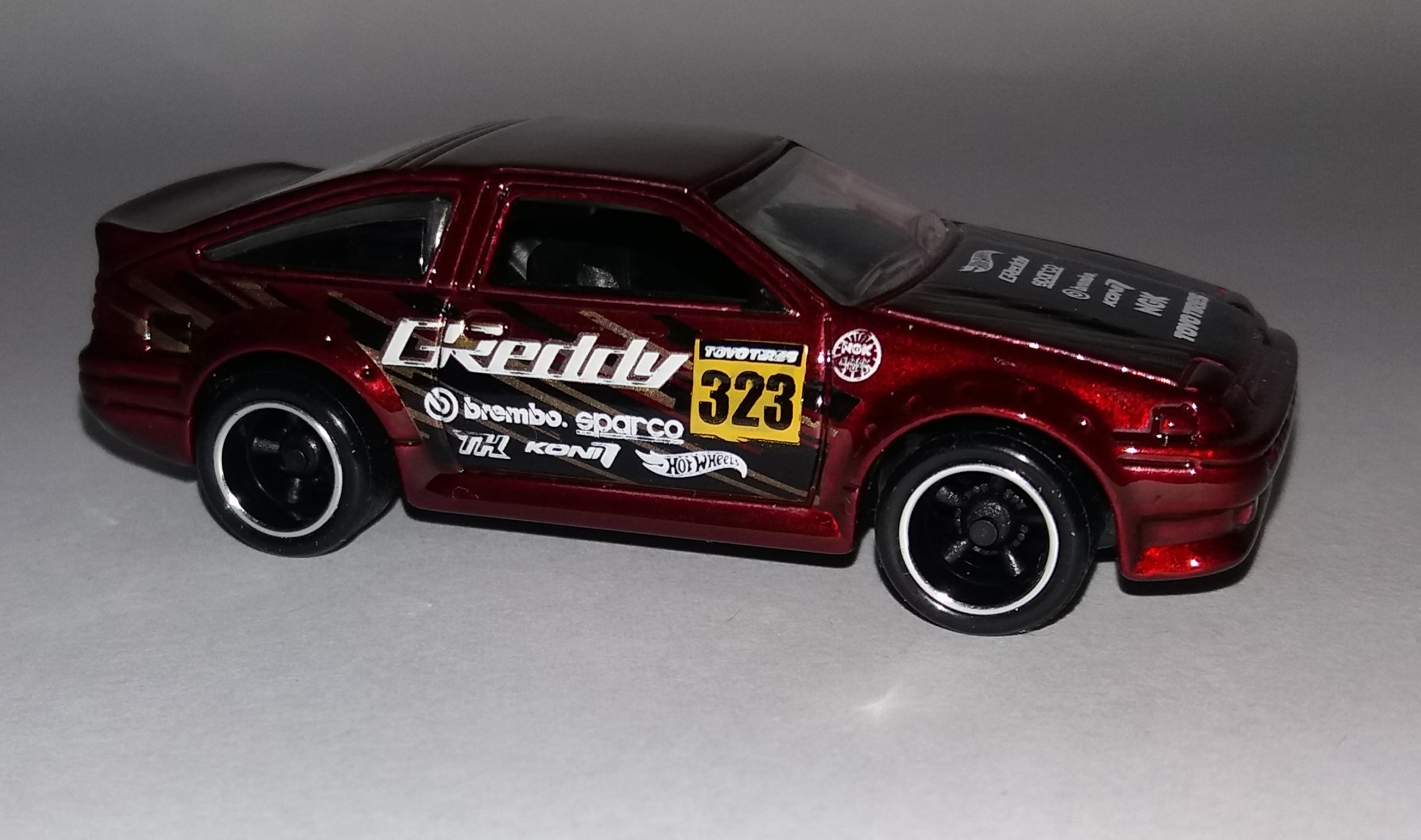 Toyota Ae 86 Corolla Hot Wheels Wiki Fandom Powered By Wikia Hotwheels Red Malaysia Super Treasure Hunt Base Codes