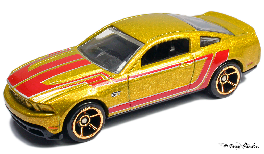 image - 2010 ford mustang gt 2011 gold | hot wheels wiki