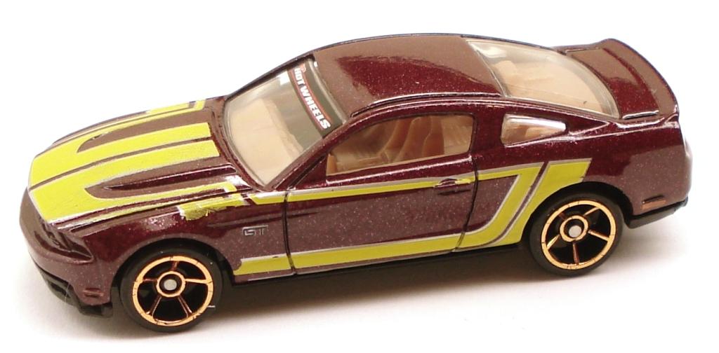 image - 2010mustanggt fte maroonwm | hot wheels wiki | fandom