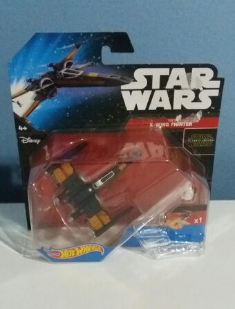 HOT WHEELS STAR WARS CGW55 RED TWO X WING FIGHTER no packaging
