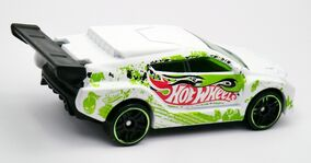 Loop Coupe-2013 White