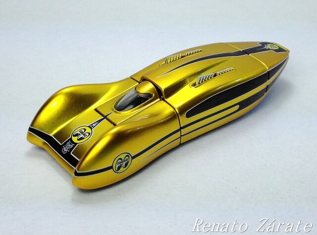 File:MOONEYES STREAMLINER 2003 IMG 4436.jpg